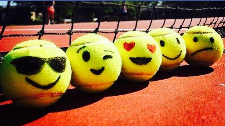 Tennisemoijs